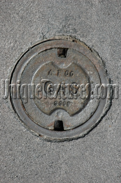 door manhole sign round textual   industrial metal dark brown
